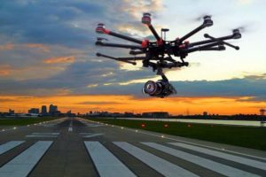 Drone flying in an airport (© Canard Drones)